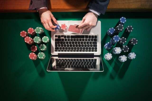 Hướng dẫn cách chơi casino và các bước đặt cược cơ bản cho người chơi mới